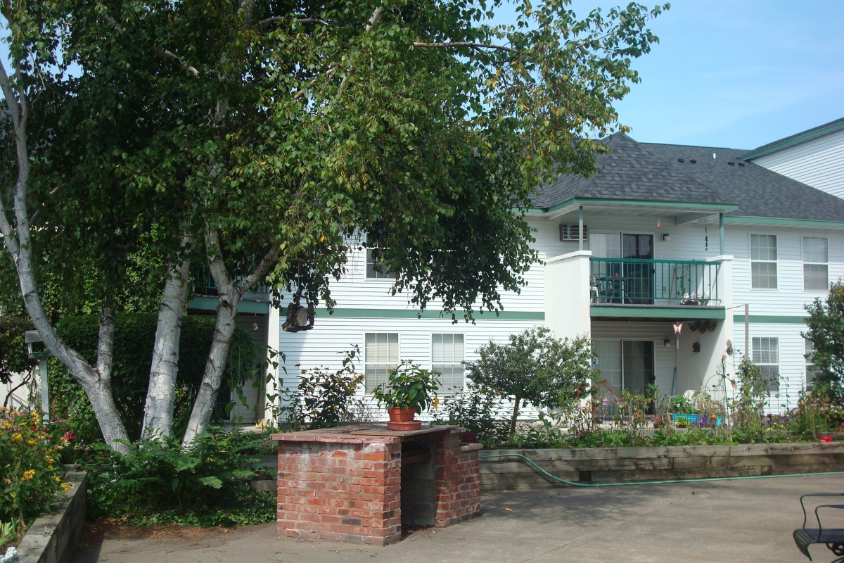 Little Falls Courtyard Apartments